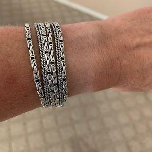 Go gorgeous bracelet